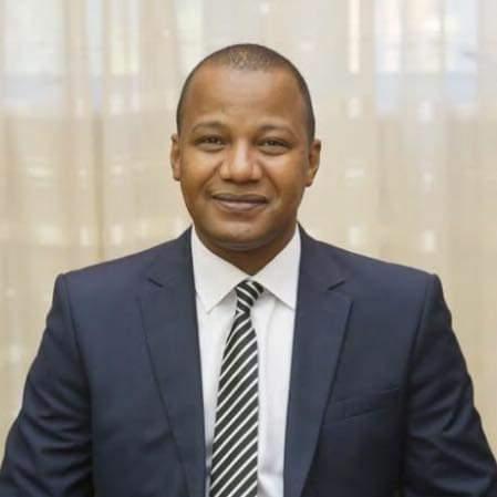 محمد جبريل/ وزير سابق